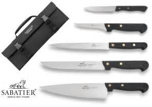 malette couteaux cuisine malette 5 couteaux français sabatier cuisine d 39 aujourd 39 hui