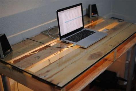 fabriquer un bureau avec des palettes fabriquer un bureau avec des palettes 20 idées