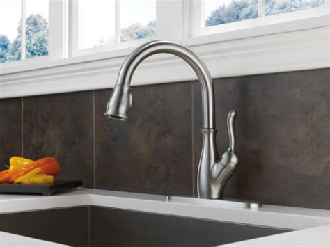 delta 9178 ar dst leland single handle pull down kitchen