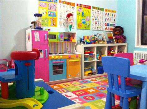 Home Daycare Design Ideas by Home Daycare Setup In Living Room Search Day