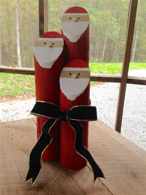 ideas for decorating iron fence posts for christmas 1000 ideas about fence post crafts on minion ornaments snowman and primitive wood