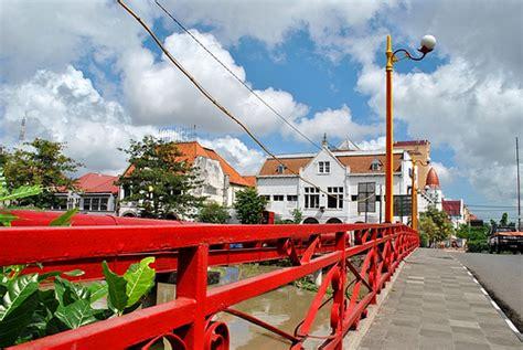 jembatan merah surabaya  bisnis hingga pertumpahan