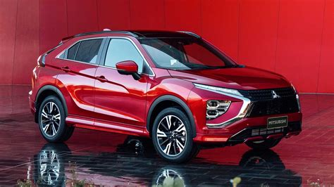 Check out the radically redesigned 2022 mitsubishi eclipse cross compact suv. 2022 Mitsubishi Eclipse Cross Facelift Reveals Design ...