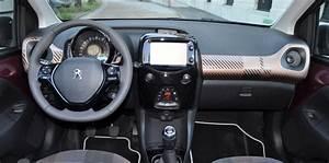 Peugeot 108 Automatique : peugeot 108 contre volkswagen up la ville en couleur challenges ~ Medecine-chirurgie-esthetiques.com Avis de Voitures