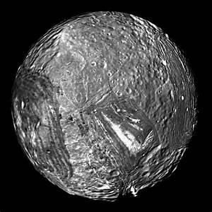 Hubble Uranus Moon Miranda - Pics about space