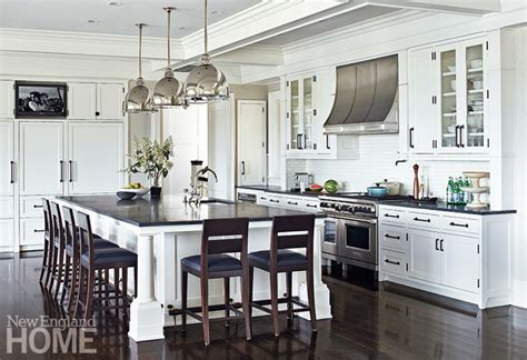 big white kitchen creatively inclined stainless appliances white cabinets 959 | c2899554a4f6c6d5d3c7cba3a2532c4c large kitchen design big kitchen ideas