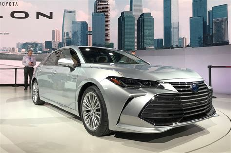 Toyota Avalon (2019) New Saloon Breezes Into Detroit