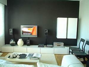 Creative wall painting ideas for living room for Creative painting ideas for living rooms