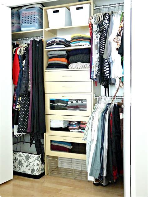 closet overhaul without a dresser dans le lakehouse