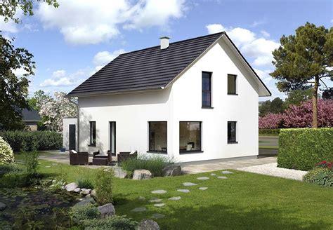 Häuser Mit Satteldach Und Garage by Haustyp Top 179 Hartl Haus