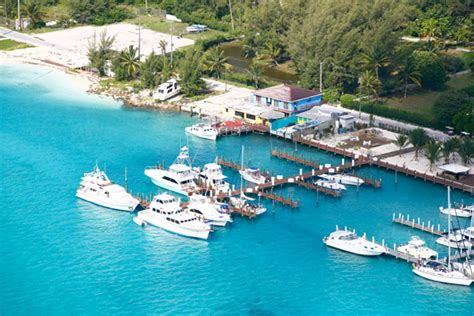 Boat Rental From Miami To Bimini by Coral Reef Hotel Key Biscayne Apartment Luxury Suites
