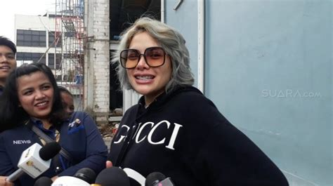 Luna Maya Ditikung Syahrini Ini Kata Nikita Mirzani