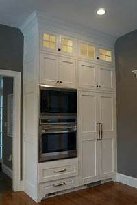 D And A Designs Llc 10 Foot Ceilings And Cabinets Crown Moulding Above