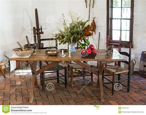 cuisine coloniale table de cuisine coloniale démodée photographie stock