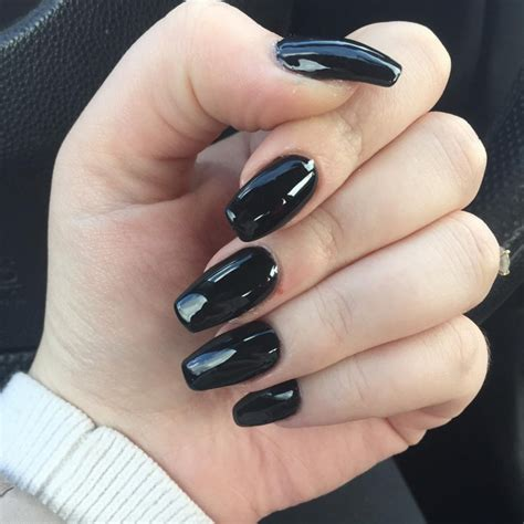 Сложный черный маникюр и черные ногти 20202021 дизайн фото новинки