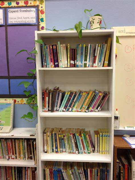Classroom Bookshelf by Apples Of Your Eye Finding Great Books On A Dime
