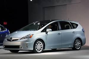 Toyota Prius Versions : toyota prius 39 wagon version enters production ultimate car blog ~ Medecine-chirurgie-esthetiques.com Avis de Voitures