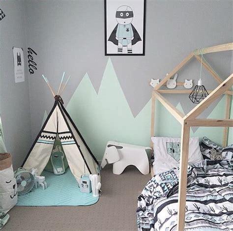 astuce déco chambre bébé tendance le lit cabane pour enfant