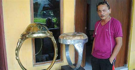 cincin batu akik raksasa  sleman jogja istimewa