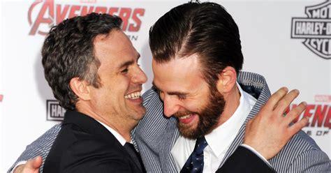 Chris Evans' Leaked Photo: 'Avengers' Star Mark Ruffalo ...