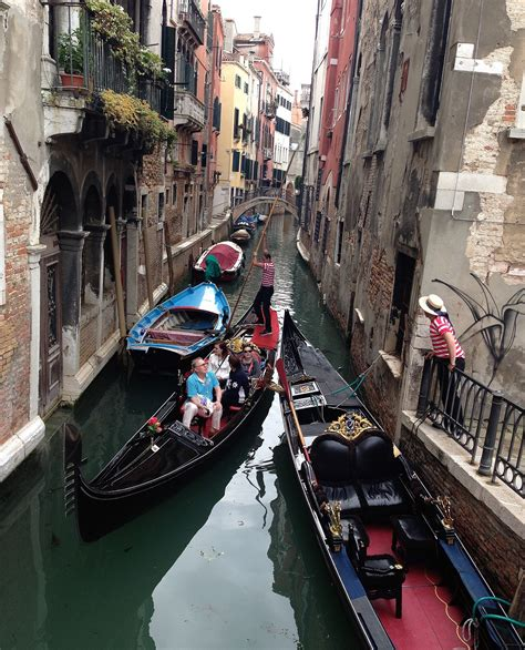 Tour of Italy: Venice - TRAVEL'S A DANCE AWAY