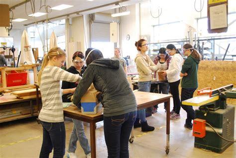 westview high school girls  shop classes  build