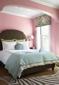 Pink Walls Bedroom by Bold Color Combo Pink Amp Teal