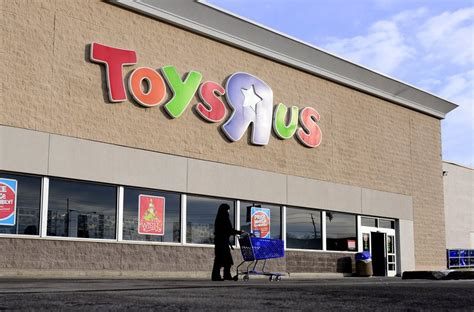 toys    close      stores