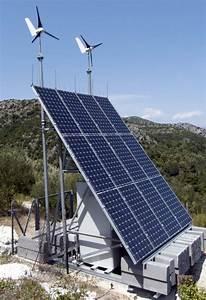 Was Kostet Eine Solaranlage : unterschiede von pv anlagen und kleinwindenergieanlagen ~ Frokenaadalensverden.com Haus und Dekorationen