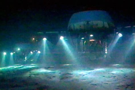submersible water titanic expedition images released 100