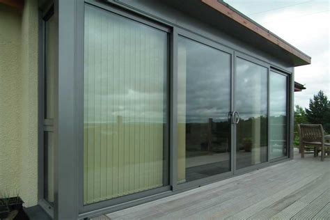 Sliding Doors : Highly Engineered Aluminium Sliding Doors