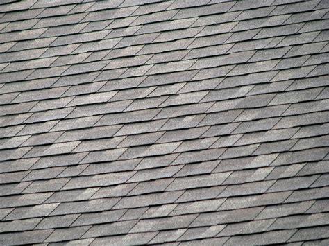 gartenhaus dachpappe schindeln verlegen holzschindeln fachgerecht verlegen anleitung so gehen sie vor