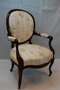 19th Century American Victorian Armchair For Sale At 1stdibs