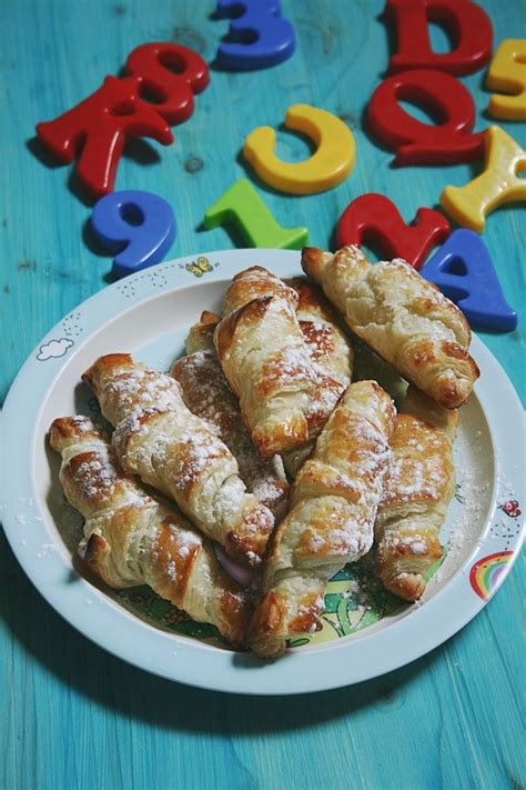 croissants express au chocolat p 226 te feuillet 233 e du commerce cuisinosph 232 re