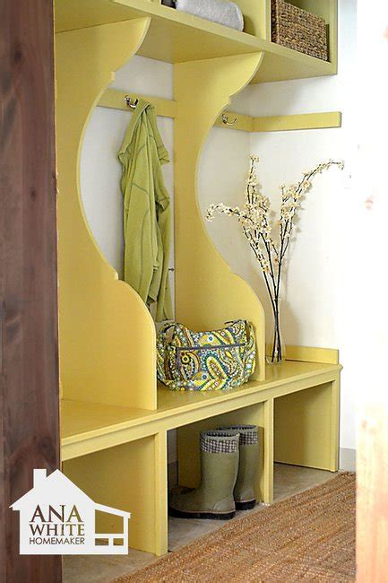 ana white build  smiling mudroom   easy diy project  furniture plans gentlemint
