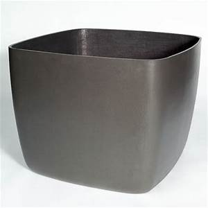 Osaka Large Square Garden Planter/Plant Pot with Rounded