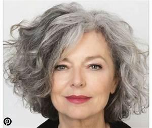 Coupe Cheveux Gris Femme 60 Ans : coupe de cheveux court femme 50 ans cheveux gris ~ Voncanada.com Idées de Décoration