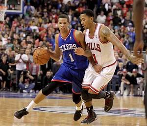 Rose puts error-prone Bulls' loss to Sixers on his shoulders