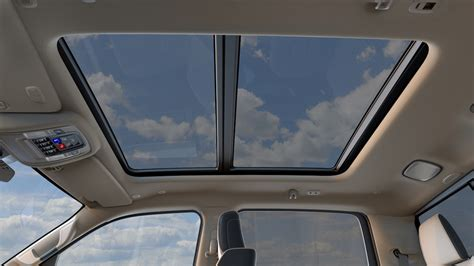 2019 Ram 1500 – Dual-pane Sunroof - The Fast Lane Truck