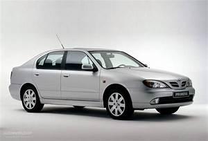 NISSAN Primera Hatchback - 1999, 2000, 2001, 2002