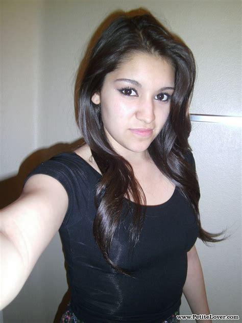 Petite Amateur Brunette Cutie Selena Takes A Selfie Of Her