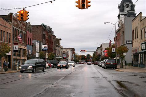 File:Van-wert-ohio-downtown.jpg - Wikimedia Commons