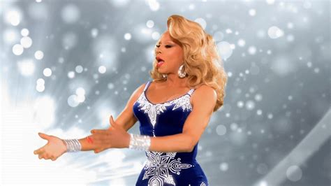 rupauls drag race holiday tv special  coming