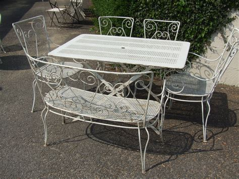 Garden Table And Chairs Sale by Wrought Iron Patio Table And Chairs For Sale Antique