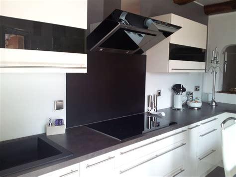 deleforterie cuisine crédence en verre blanc et noir satiné avant et après