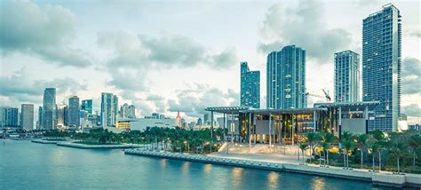 greater miami convention visitors bureau breaks records with 15 5 million visitors smart