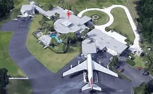 john travolta house address