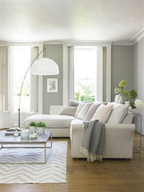 espacio pequeno decorado en gris  colores pastel ideas