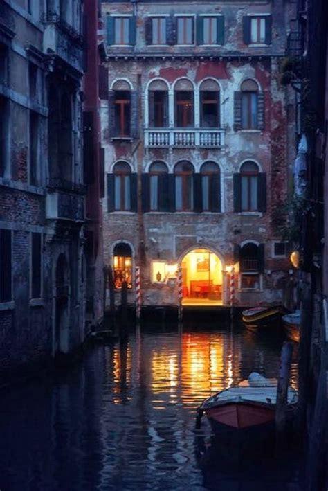 Venice Palazzo Night Lights Venice Pinterest Night