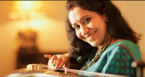 Singer Sujatha Mohan Photos, Gallery, Stills, Songs